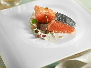 Abama Melvin restaurant presents salmon with tartar sauce