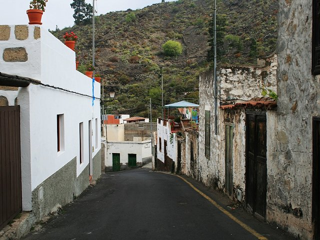 Authentic Residences on Tenerife: Visit the Hamlet of Chirche