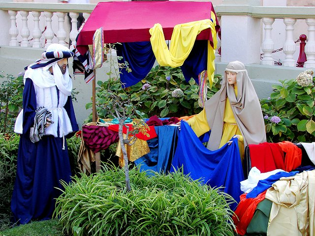 Venture out from your luxury property on Tenerife and see the best Christmas nativity scenes