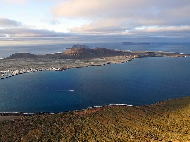 La Graciosa: discover the eighth Canary Island, closer to Abama Resort than you can imagine