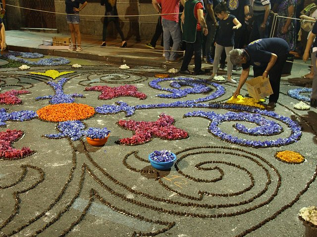 The floral tapestries of La Orotava: a Guinness World Record-holding Corpus Christi close to Abama Resort